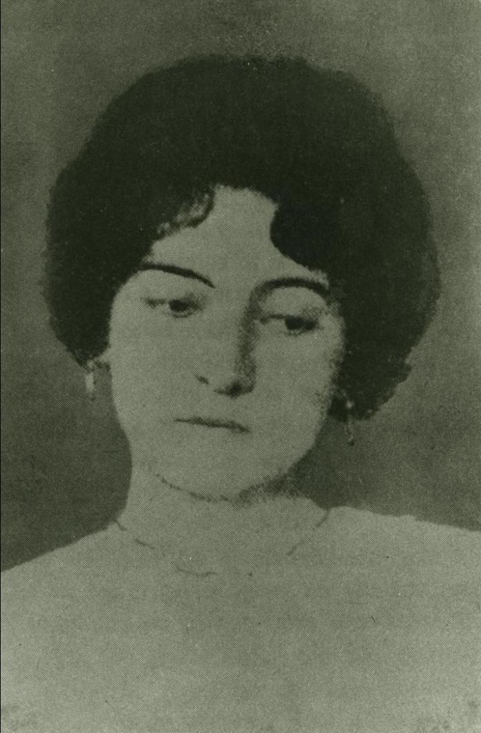 Clara Lair: una poetisa entera